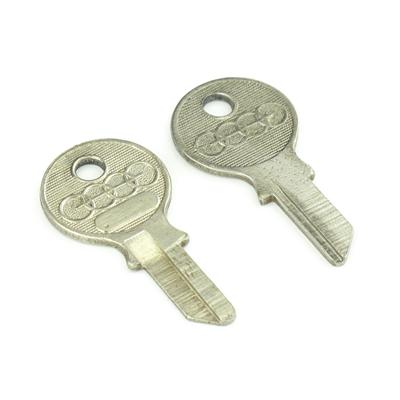 Original classic car key kpa004
