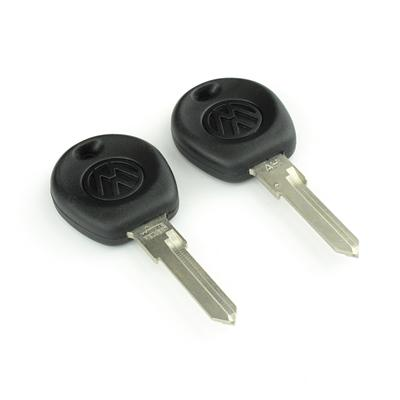 Original classic car key kpa049